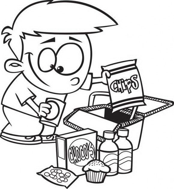 ציורים לילדים של ילד חמוד שעומד אל מול ערמת חטיפים שאותם הוא עומד לאכול.